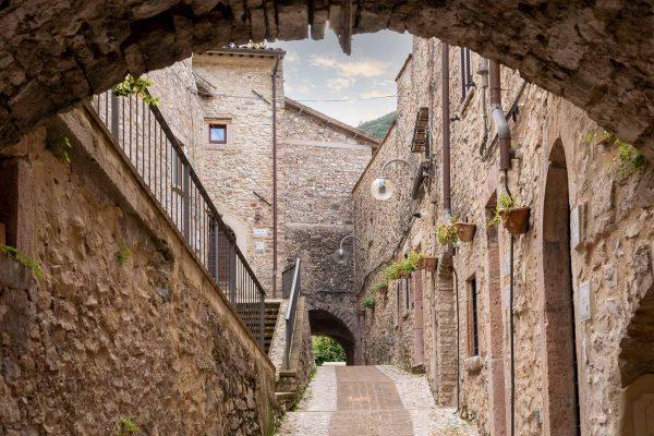borgo-di-scheggino-umbria-torre-del-nera